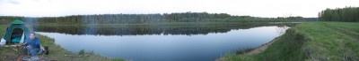 Панорама места ночёвки. Вода как зеркало. Ни одного комара. И тишина.