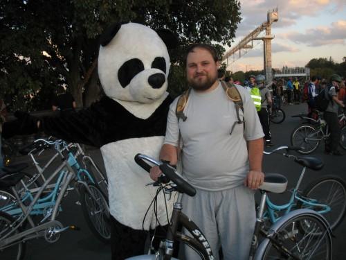 Гыгыгы. Меня сексуально домогалась домогательная панда.