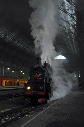 Паровоз на Киевском вокзале